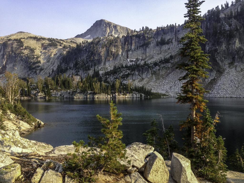 Mirorr Lake